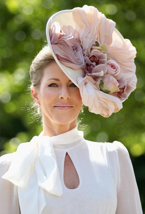 Royal Ascot 2011 – 300 anni di cappellini stravaganti 0906cd80329b