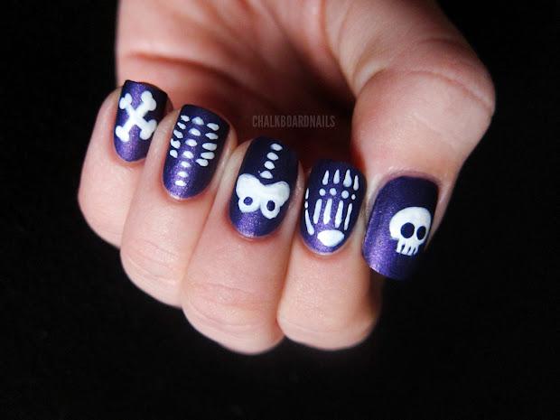 chalkboard nails halloween