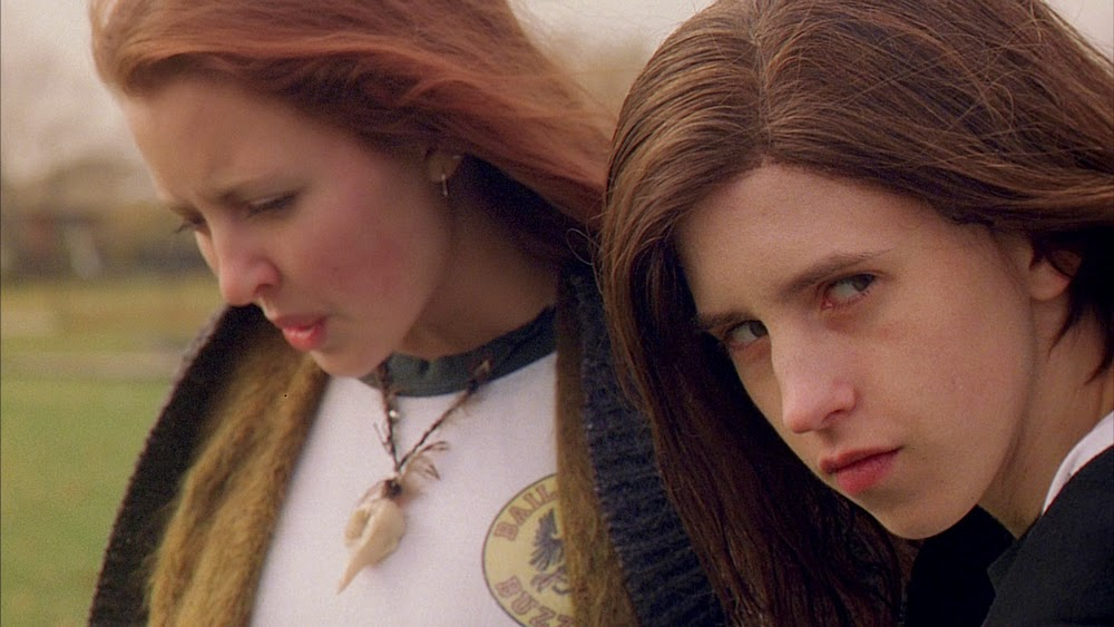 Katharine Isabelle and Emily Perkins in Ginger Snaps