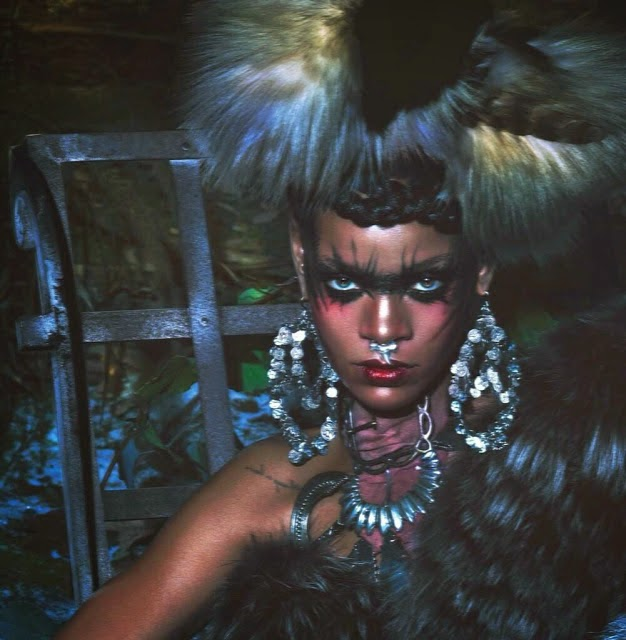 Rihanna-Eskimo-Horror-Story-W-magazine-September-2014-04