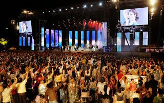 Festival Promessas reúne estrelas da música gospel em Brasília