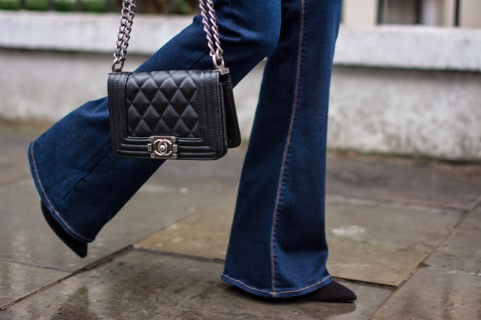 zara jeans a zampa