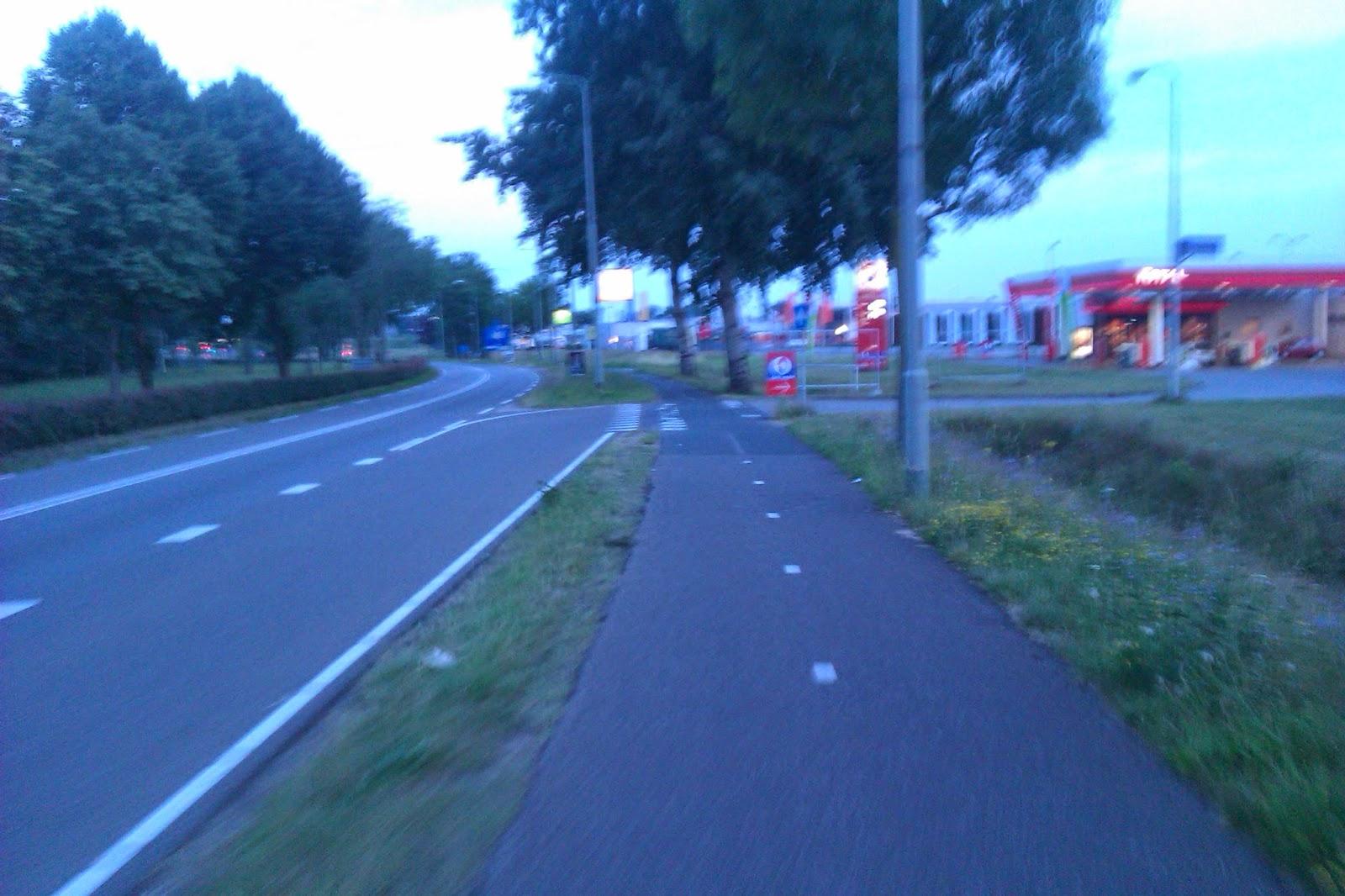 Limburg fietspad Remunj Roermond