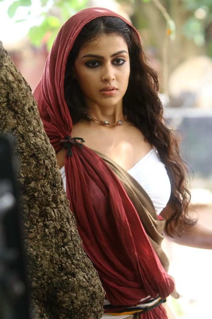 Tollywood Stars Wallpapers: Genelia Urimi movie Wallpapers