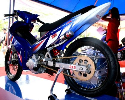 HIGHLIGHT AUTOMOTIVE: Jupiter MX 135LC Racing Look