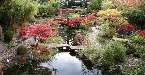 Outdoor indoor inspiration japanese gardens for Indoor japanese garden