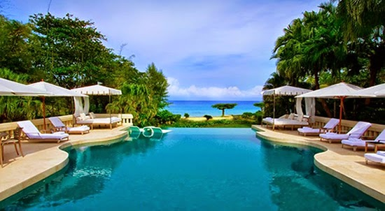 Infinity pool with view of the sea from this luxury beachfront home in Ocho Rios, Jamaica