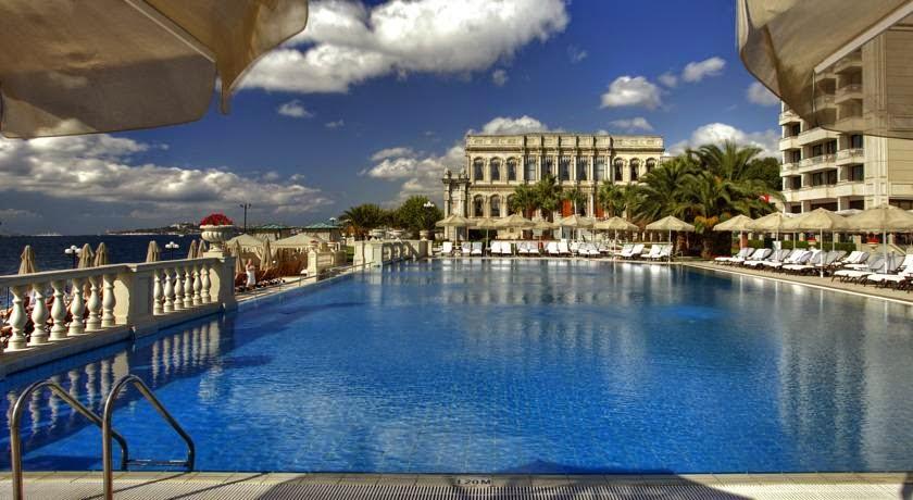 İstanbul'un En İyi Yüzme Havuzları / Çırağan Havuz