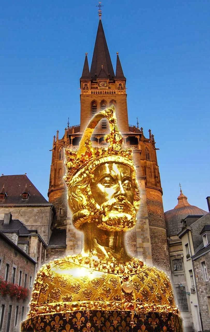 Busto-urna com relíquias de Carlos Magno. Fundo: catedral de Aachen, capital de seu império.