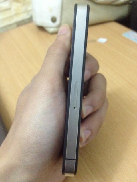 Iphone 4- Phân biệt hàng dựng và hàng lướt
