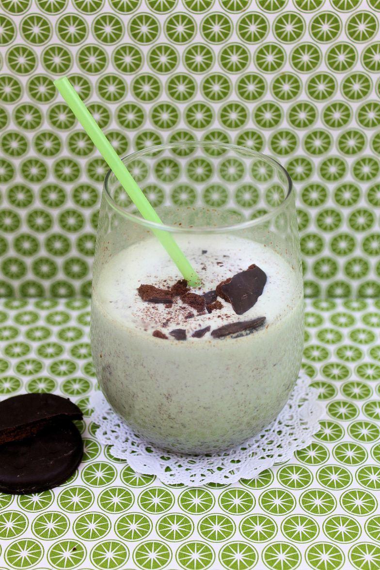 Boozy Thin Mint Milkshake | Shauna Sever | The Next Door Baker