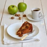 apple and bourbon cake