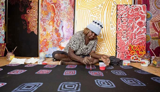 http://www.deeannmodel.com/the-famous-australia-aboriginal-art/
