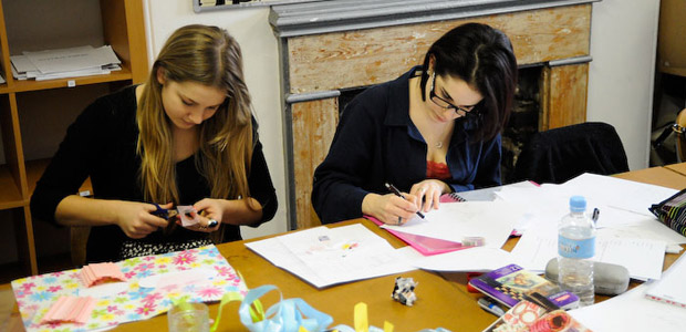 Fashion designer fashion design courses Fashion designing course subjects
