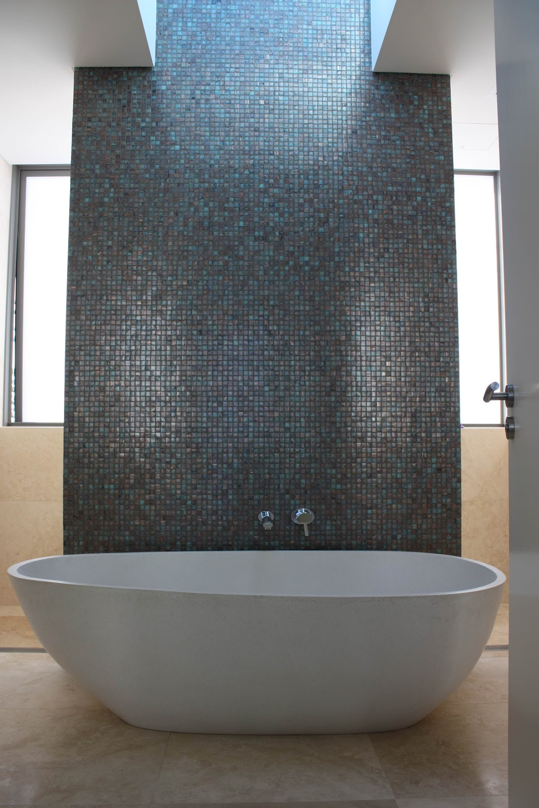 Minosa Travertine Bathrooms The Natural Choice Modern