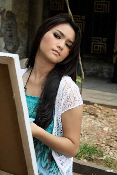 Citra Kirana Beautiful Indo Artist Gallery