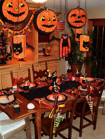substance of living halloween party table decorating ideas. Black Bedroom Furniture Sets. Home Design Ideas