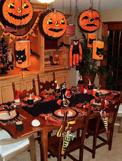 Children's Halloween Table as seen on Skip To My Lou