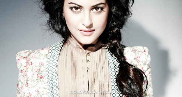 Sonakshi Sinha widescreen HD Wallpapers 2012