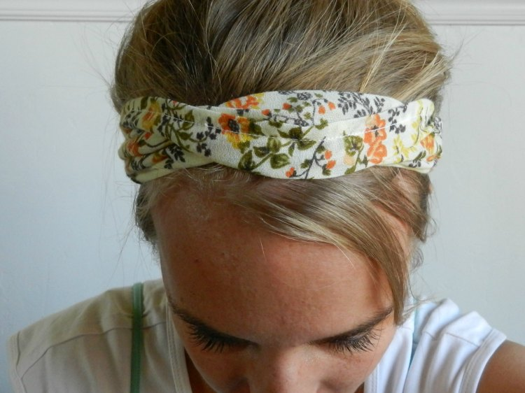 Headband made from a thrifted dress: growcreative.blogspot.com
