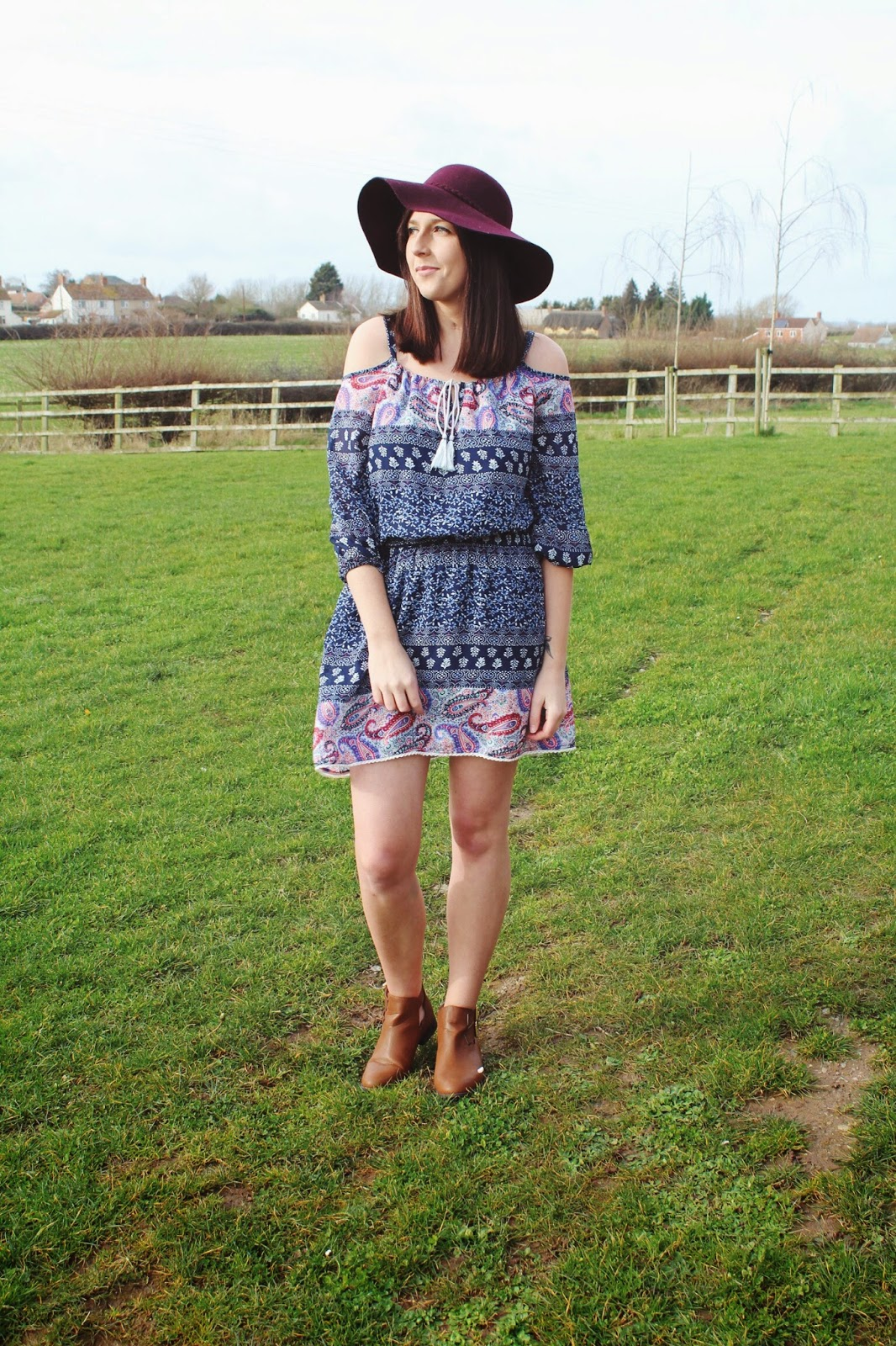 halcyonvelvet, wiw, whatimwearing, asseenonme, lots, lookoftheday, ootd, outfitoftheday, primark, paisleyprint, coldshoulderdress, floppyhat, brownankleboots, fbloggers, fblogger, fashionbloggers, fashion, fashionblogger