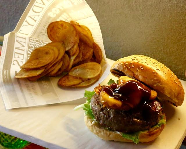 Foto del blog Foodpics Italy: il foodporn è di casa da Bonadonna Kitchen con hamburger e patatine
