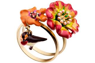 Bagues oiseau et fleurs sous le châtaignier Les Néréides