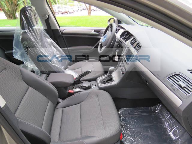VW Golf 2016 1.6 MSI Flex Automático - interior