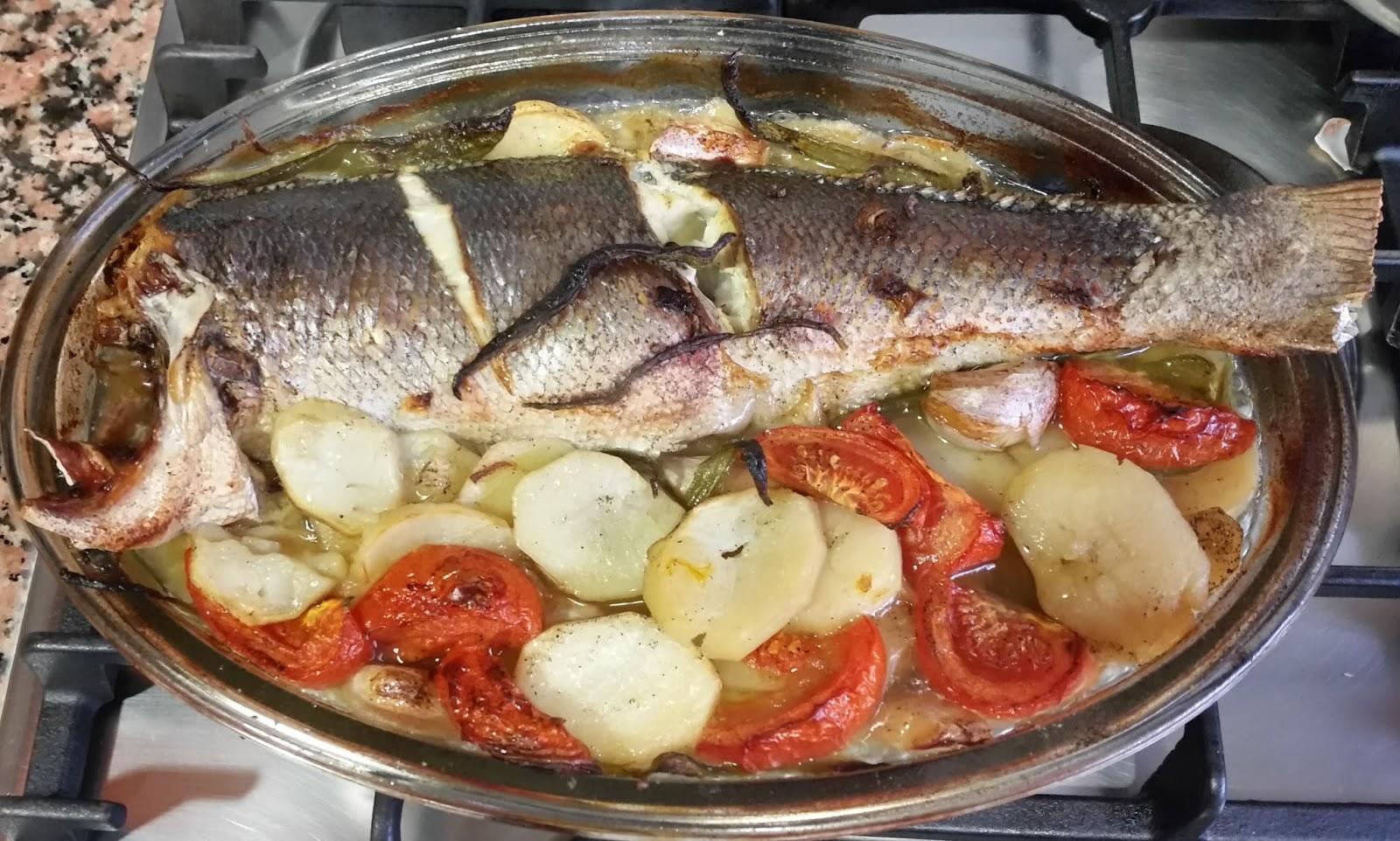 Cocinar Lubina Al Horno | La Cocina De Hoy Y De Siempre Lubina Al Horno Con Guarnicion
