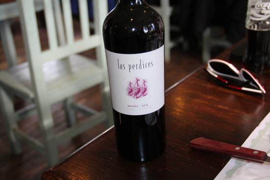 Disfruta el vino argentino