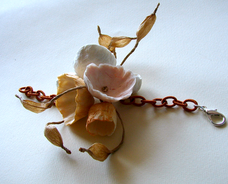 Eco gioielli : bracciale per matrimonio color terra di siena e rosa