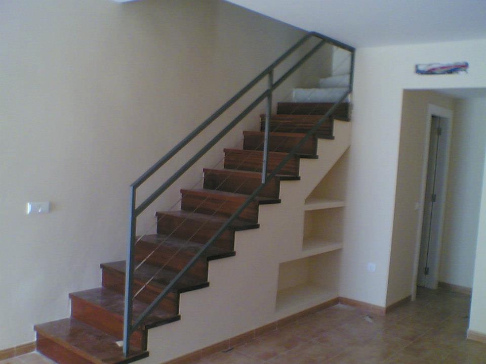 Benmo carpinteria met lica - Vallas para escaleras ...