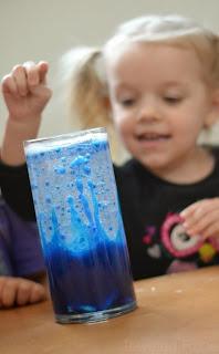 Make a lava lamp & WOW the kids- super simple FUN!