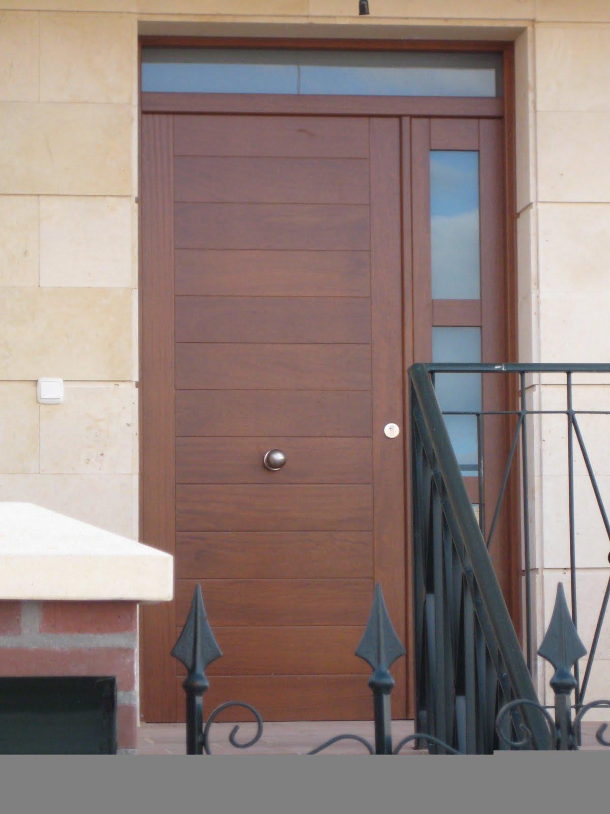 Carpinteria viosca roda puerta de entrada entrepa os mas fijo - Puertas de entrada con cristal ...