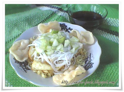 Rujak Noodles is a soup combine with vinegar. Rujak noodles comes from Palembang Indonesia, but this food has already consumed by the most society especially in Sumatra and Java Island.