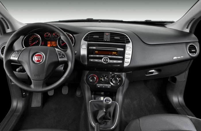 a car Fiat Bravo 2013
