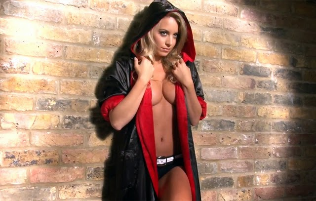 Ring girl do UFC, a inglesa Carly Baker