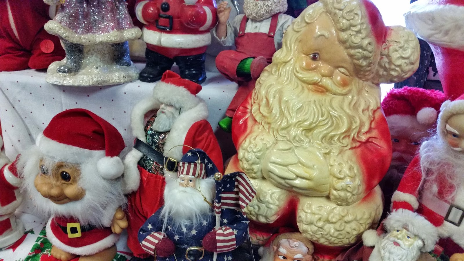 Vintage Santas and Christmas Items For Sale