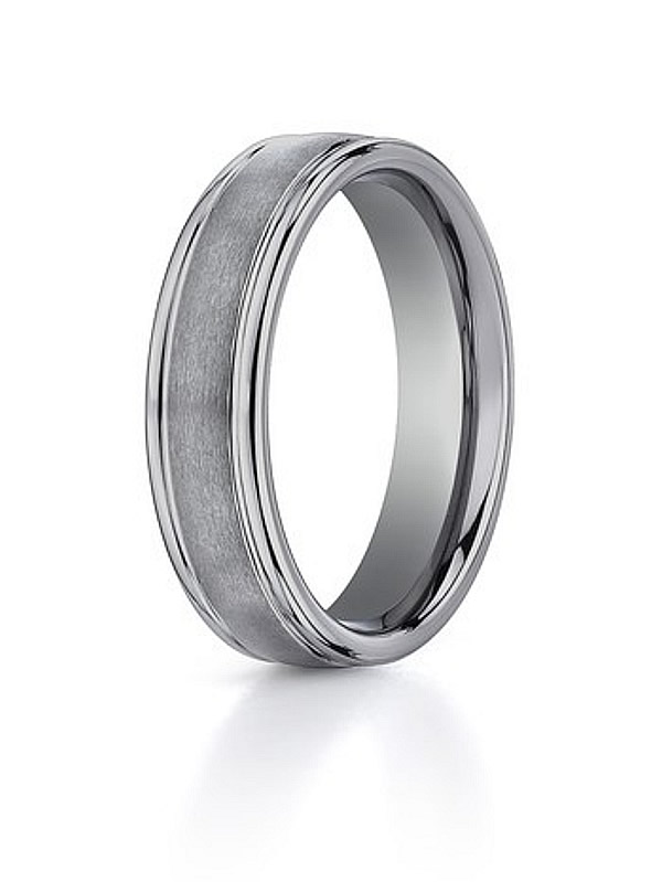 The best choice for men wedding rings tungsten rings with a bold model
