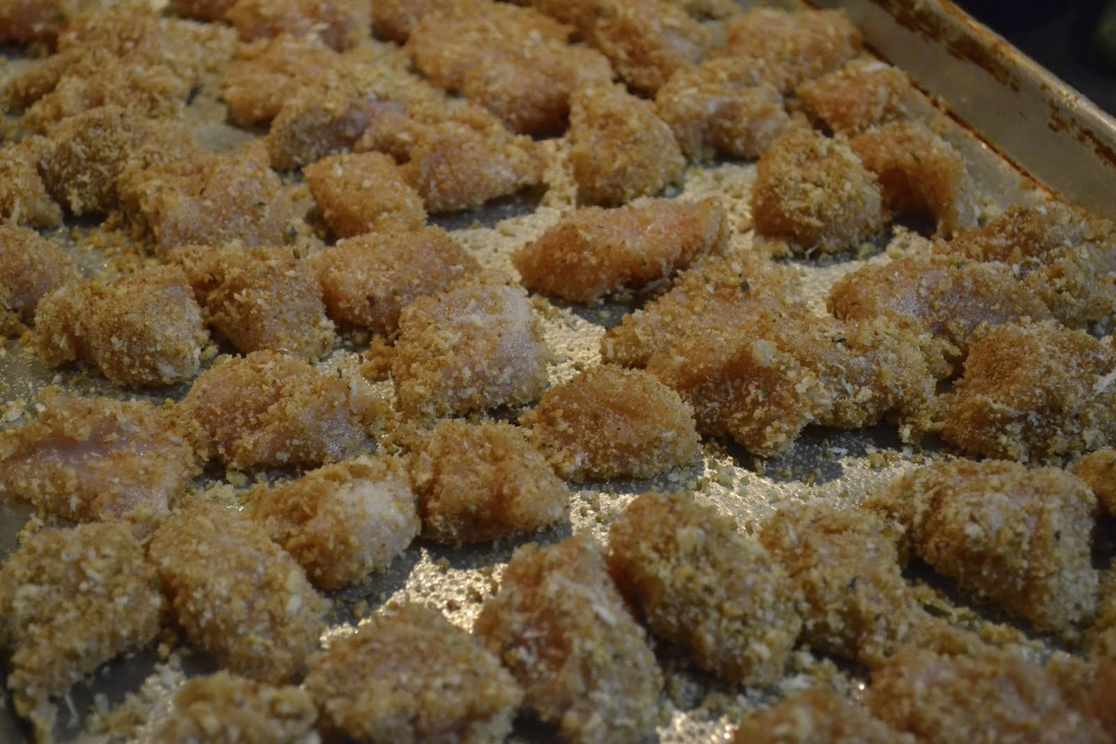 "Point-less"" Meals: Healthy Baked Chicken Nuggets"