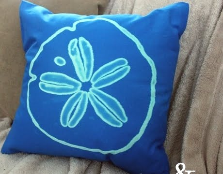 painting pillow with bleach pen