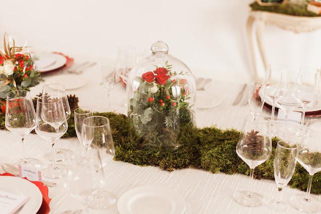 Cena de Navidad Mi Boda Rocks - Blog Mi Boda - Flores en campana