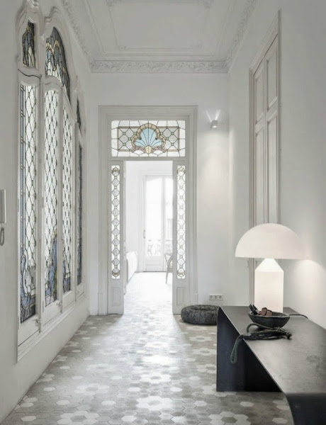 Piso en eixample bcn modernismo catal n y dise o mid for Decoracion piso 90m2
