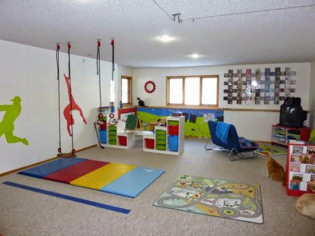 conseils d co et relooking sous sol superbes salles de. Black Bedroom Furniture Sets. Home Design Ideas