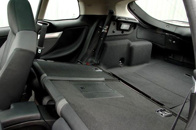 2011-Alfa-Romeo-Brera-Interior-back