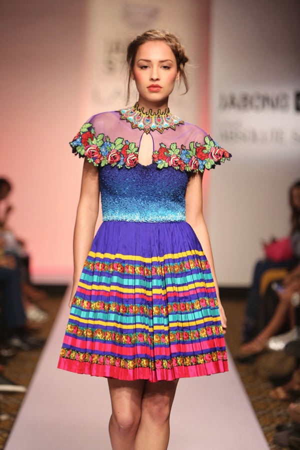 from russia with love neha agarwal lakme fashion week 2015