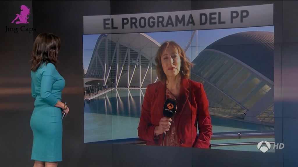 MONICA CARRILLO, ANTENA 3 NOTICIAS (28.11.15)