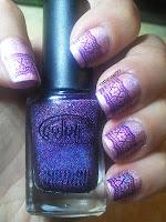 http://cathenail.blogspot.fr/2013/02/peggy-sage-mauve-fairy-et-son-stamping.html