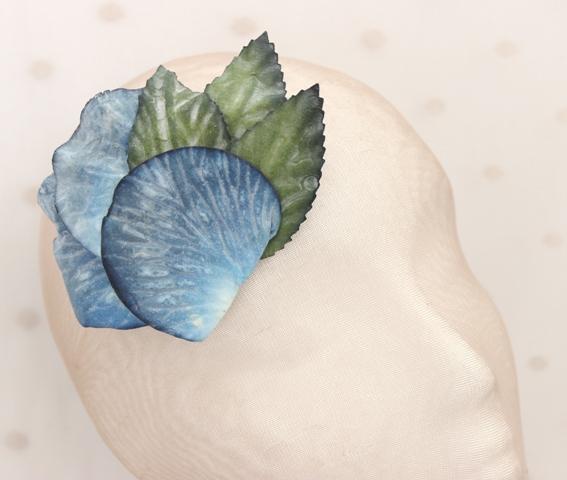 Colección Bailando Swing - Tocado Broche flor azul