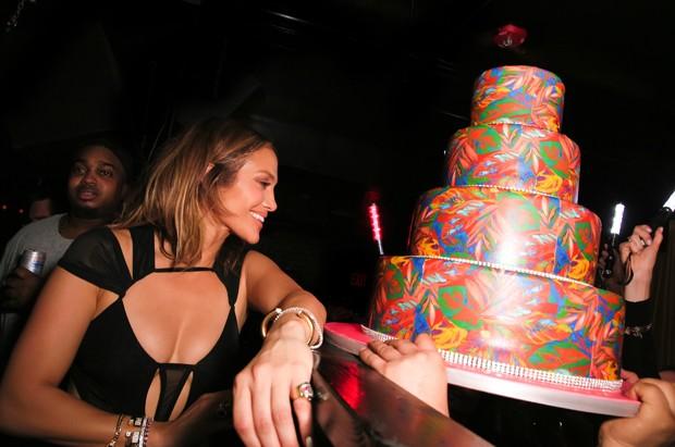 Jennifer Lopez super gostosa aos 46 anos